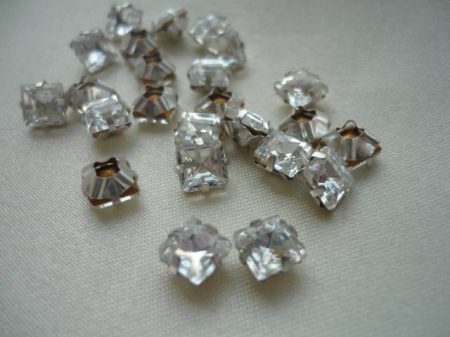 Crystal_square_6x6mm