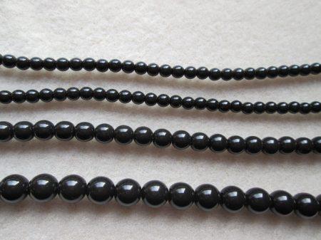 fekete-4mm